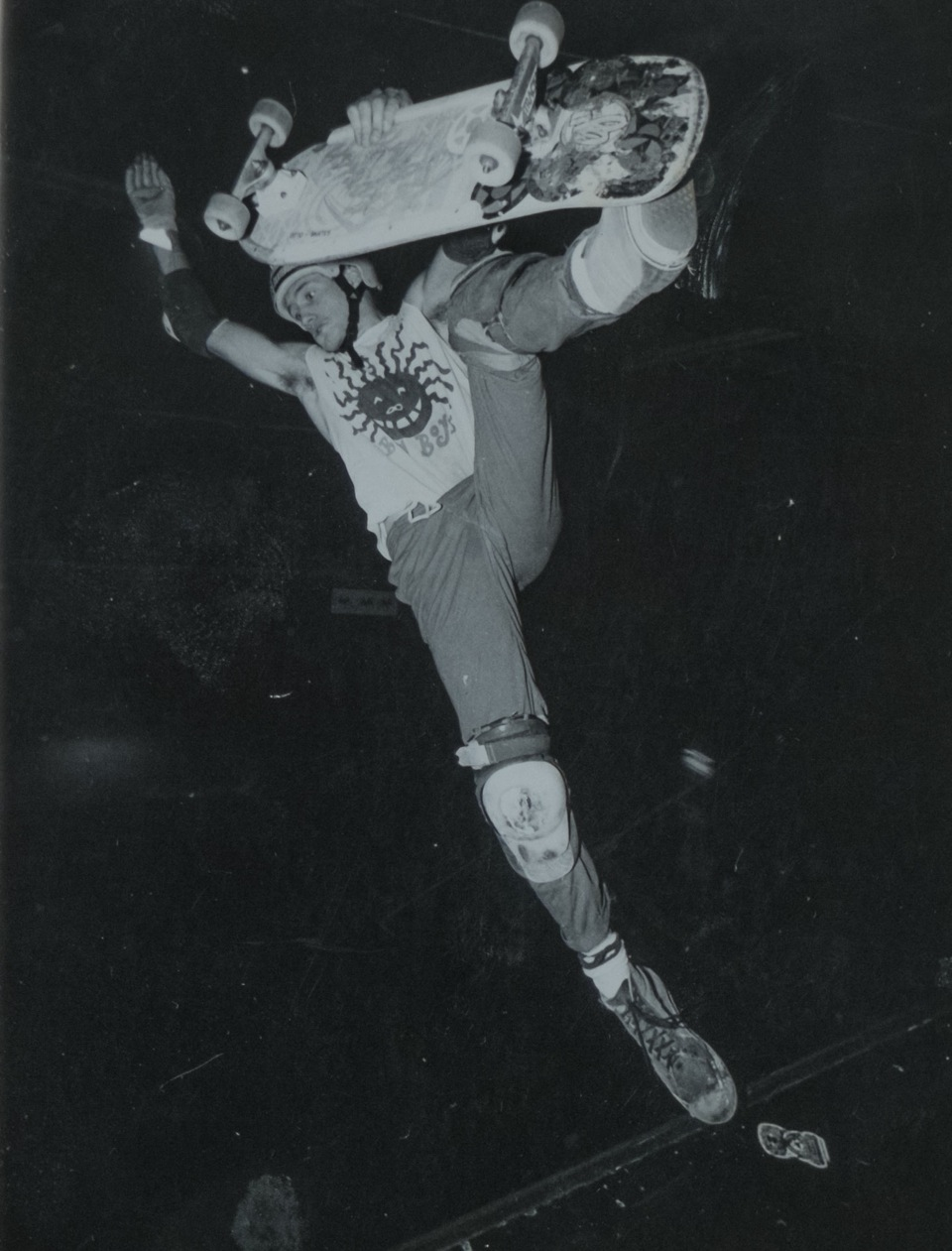 At one of the Tropica Winter contests around 86, this was kind of the only indoor skatepark back then, so everybody came for that. Riding a Florian Böhm deck and diy Big Boys shirt. Photo by Ralf Schmitt