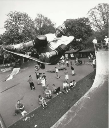 faelleparken1990 Fronside stale fish, early 90s, Copenhagen. Please check a young Rune Glifberg in the back.