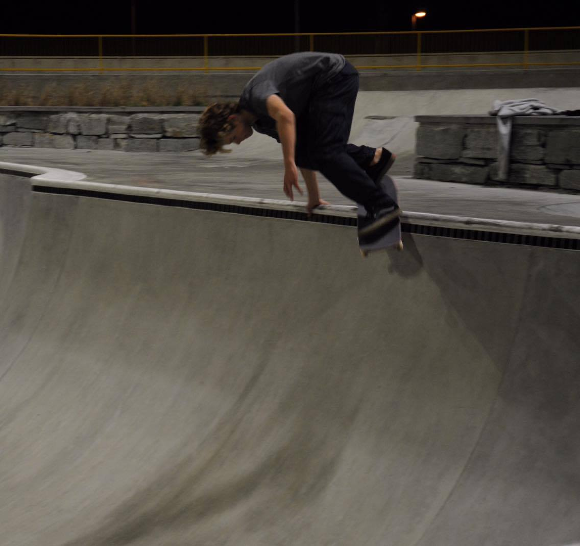 Bs smith grind, photo: unknown credits coming