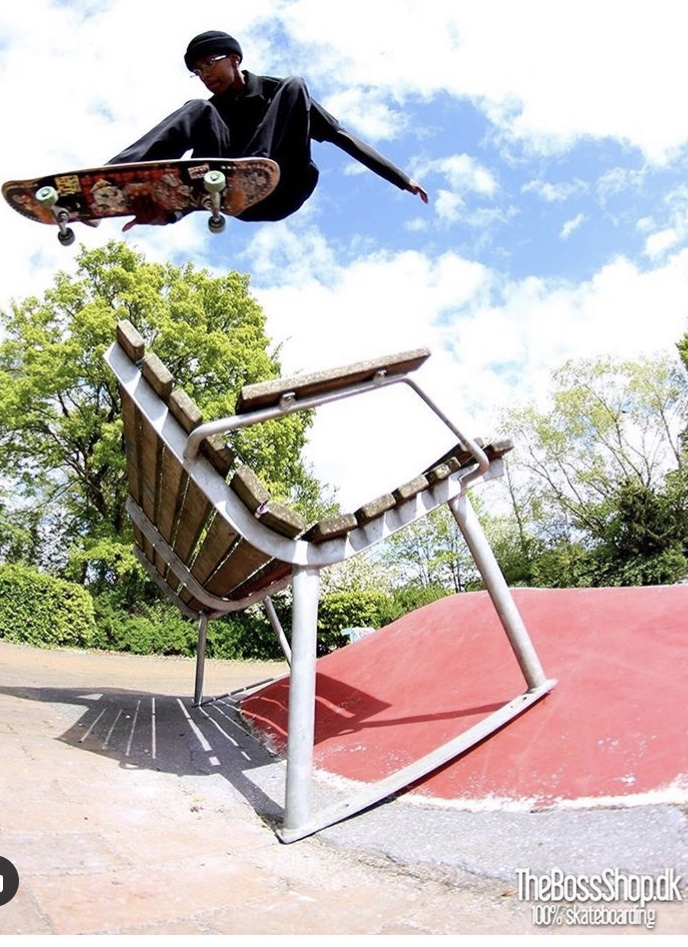 Photo: Thomas Nielsen trick bs grab