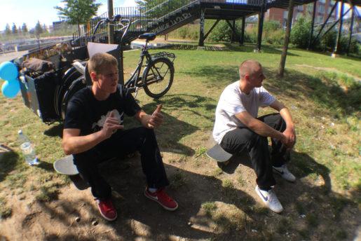 Hugo & Hjalte chilling in Nørrebro. Photo: thomas kring