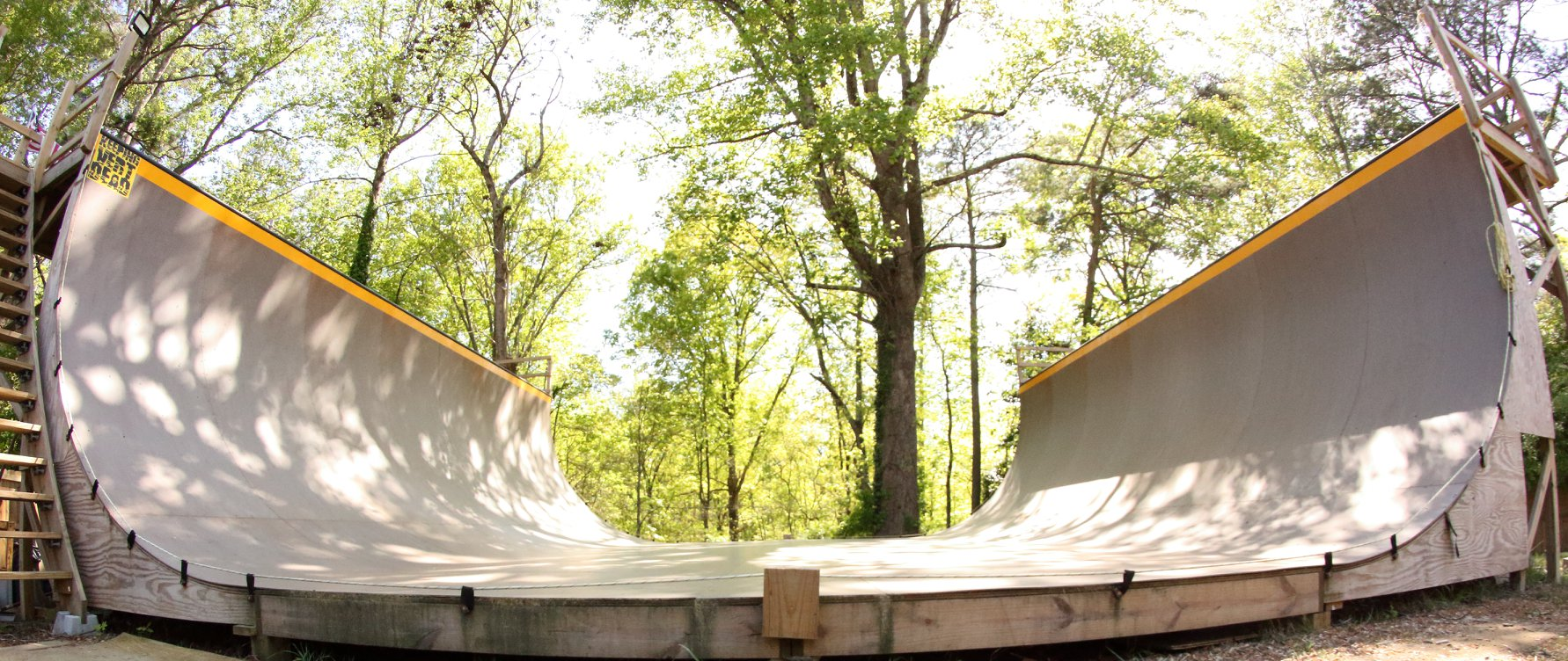 """Micheal Stewarts Ramp 36ft wide 11'-9"""" Tall 10' tranny's and old skool 16' flat 8' deck on one side 6' on the other."""